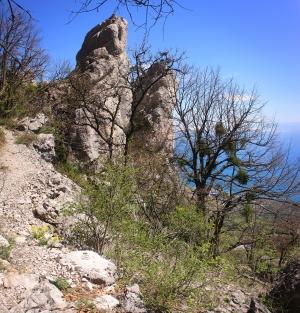Скалы у Кастрополя 2