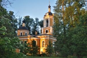 Храм Спаса Нерукотворного в селе Спасс-Торбеево.